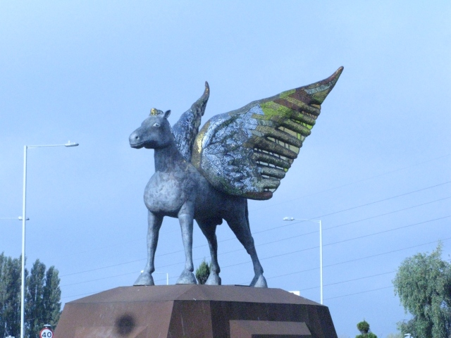 Millennium Pegasus, Dudley (UK).  By Brianboru100 (Own work) [CC BY-SA 4.0 (https://creativecommons.org/licenses/by-sa/4.0)], via Wikimedia Commons